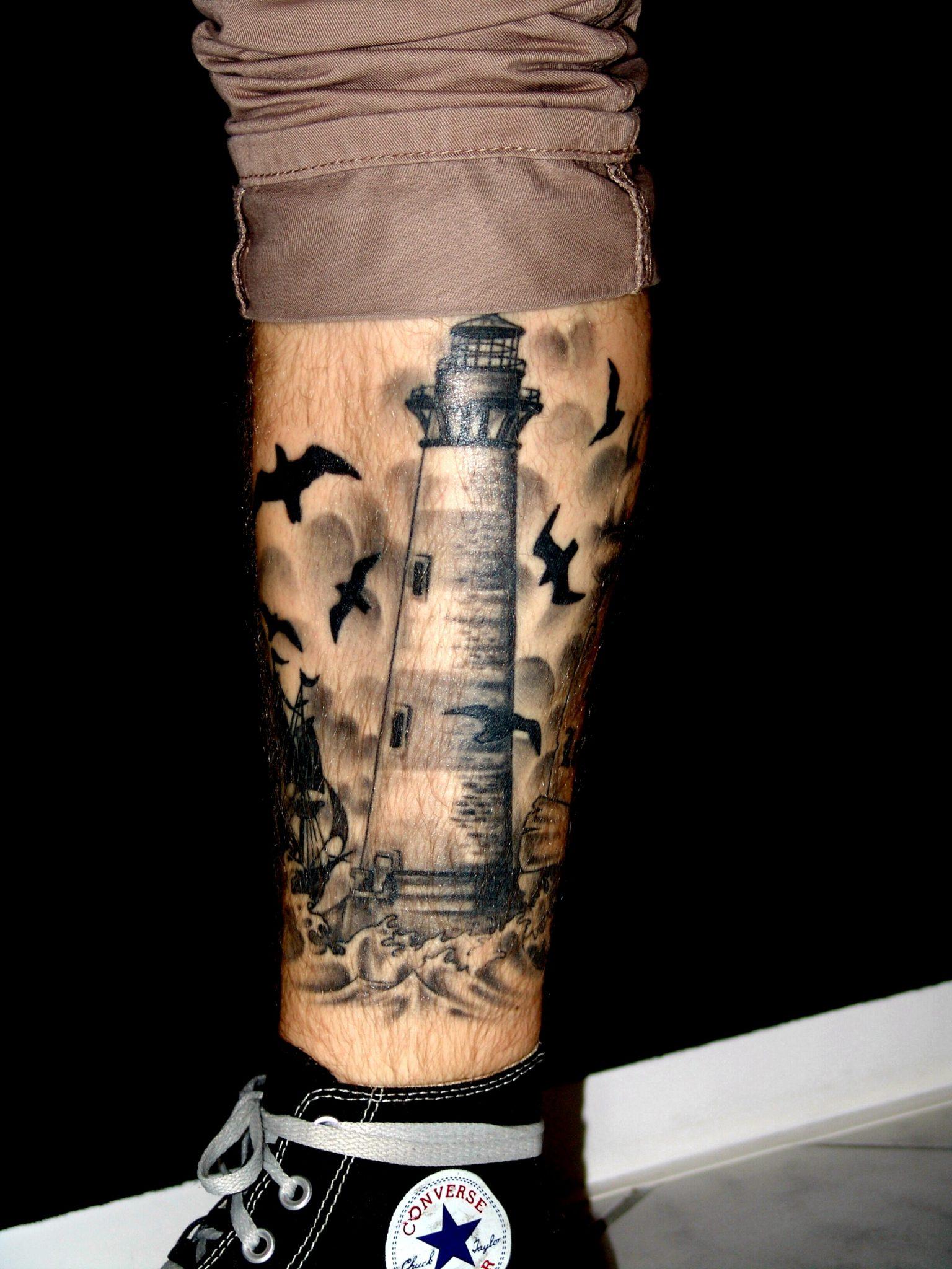 Fluch & Segen Tattoo & Piercing Studio Großefehn