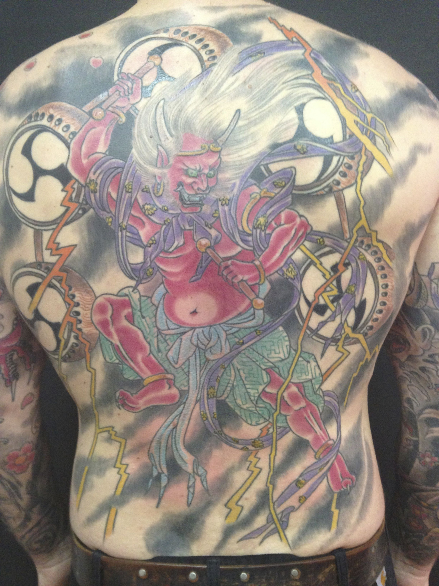 Fine Line Tattooing by Ralf Düsseldorf