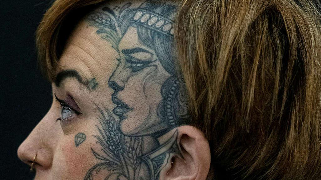 Blutschwestern Tattoo Jasmin